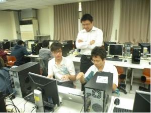 102-1嵌入式系統開發-業師張宏昌